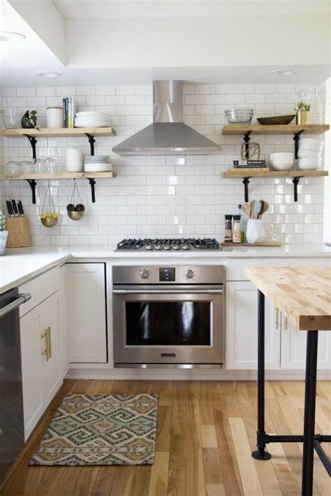 cuisine avec carrelage metro le carrelage métro blanc fait fureur dans la cuisine