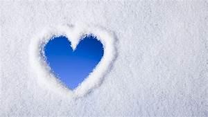 HD Winter Love Wallpaper | PixelsTalk.Net