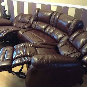 Lazy Boy Curved Settee 2 Electric Reclining Seats And A
