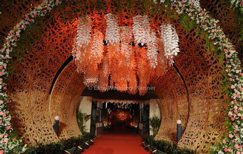 Entrance Decoration Ideas For Wedding