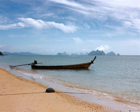 Boat R Near by Free Stock Photos Rgbstock Free Stock Images The