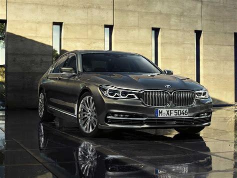 Modifikasi Bmw 7 Series Sedan by Bmw S New 7 Series Luxury Sedan Is Packed With Gadgets