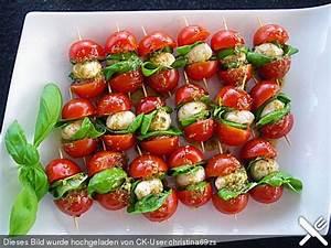 Tomate Mozzarella Spieße : tomaten mozzarella spie e tomate mozarella ~ Lizthompson.info Haus und Dekorationen