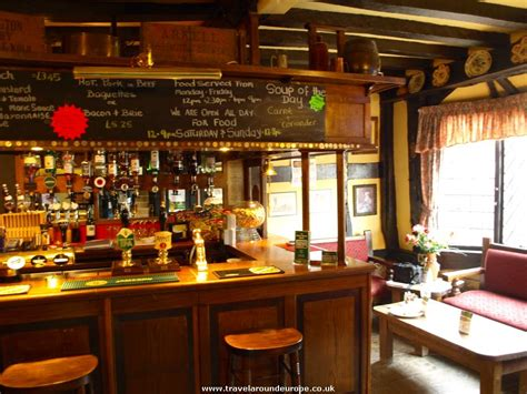 pub cuisine the tudor house inn warwick review