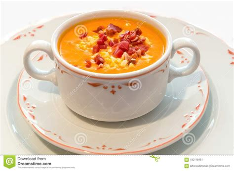 bread tomato soup salmorejo oil cold andalusian garlic