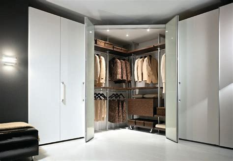 armadio con cabina angolare cabina armadio angolare soluzioni e modelli