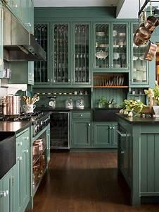 Schwarze Arbeitsplatte Küche : wundersch ne k che design in gr n mit grau schrank als schwarze arbeitsplatte aus granit sowie ~ Sanjose-hotels-ca.com Haus und Dekorationen