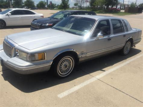 1993 Lincoln Town Car  Cartier Edition  Estate Sale Purchase
