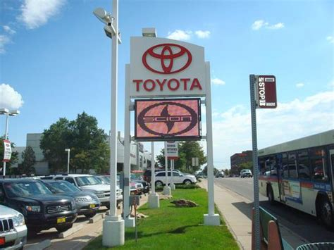 denver toyota dealers toyota dealers find toyota dealerships listings and