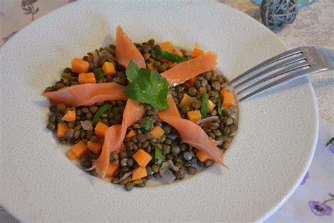 cuisiner truite au four salade de lentilles et truite fumée par flo au fil du thym