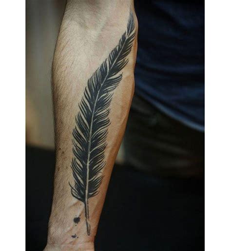 tatouage sexy pour homme le tatouage plume tatouage