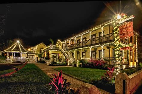 Sidewalk Christmas Lights by Nights Of Lights In St Augustine 10 Tips For Decorating