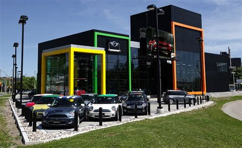 Mini Dealers Improve Most on Mercedes-Topped Consumer ...