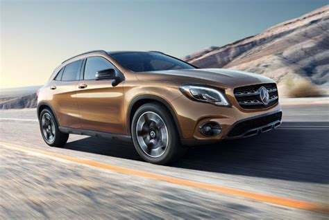 Gambar Mobil Mercedes Gla Class by The And Gla Are Upwardly Mobile Vehicle Research