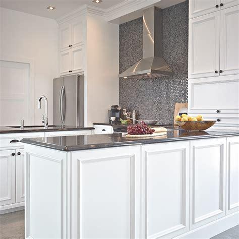 armoire de cuisine bois armoire de cuisine bois fantaisie cerise en bois massif