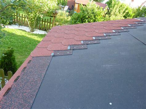gartenhaus dachpappe schindeln verlegen gartenhausdach mit bitumenschindeln neu eindecken mit vielen bildern micha s