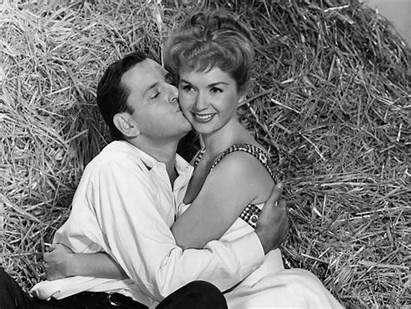 Debbie Reynolds Movies Underrated Must Getty Hellogiggles