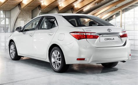 toyota corolla  prices  pakistan pictures reviews