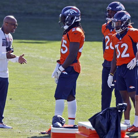 Broncos RB Coach Curtis Modkins Self-Isolating After ...