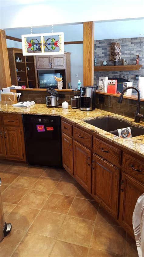 kitchen countertops tiles 1022 best backsplash tile images on backsplash 1022