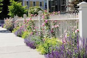 Gartenzäune Aus Metall Günstig : gartenz une aus metall selber machen so geht 39 s ~ Lizthompson.info Haus und Dekorationen