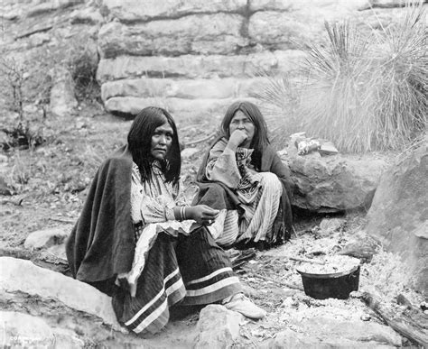 History In Photos Edward S Curtis Southwest Indians