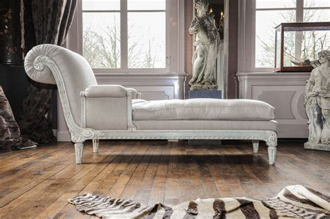 A Fully Restored Antique Chaise Longue For Sale At 1stdibs