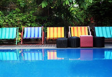 outdoor pool furniture seating ideas pictures