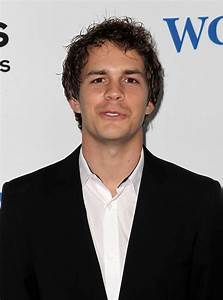 Johnny Simmons Picture 23 - The World's End Hollywood Premiere