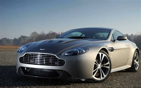 Aston Martin Vantage Hd Picture by Aston Martin V8 Vantage Hd Wallpapers Background Images