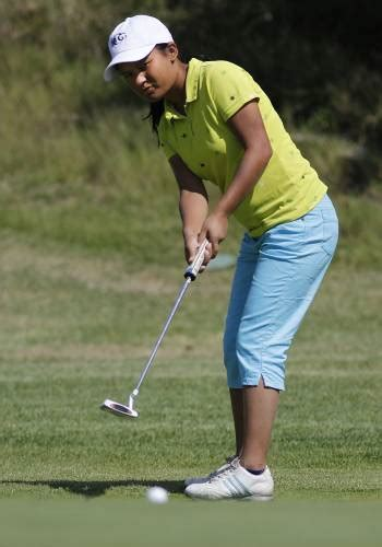 Valley News Nepalese Teen Goes From Tin Shack To First Tee