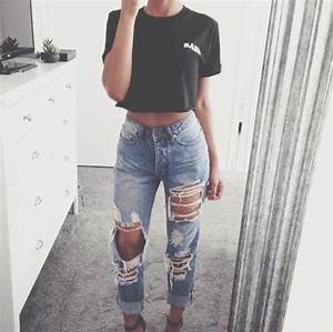 Ripped jeans and crop top   Tumblr