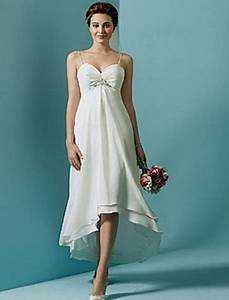 Simple casual beach wedding dresses for Simple beach wedding dresses casual