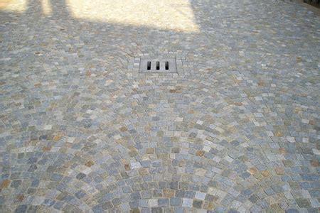 pietra per davanzali pavimentazione pietra di luserna pavimenti in pietra di
