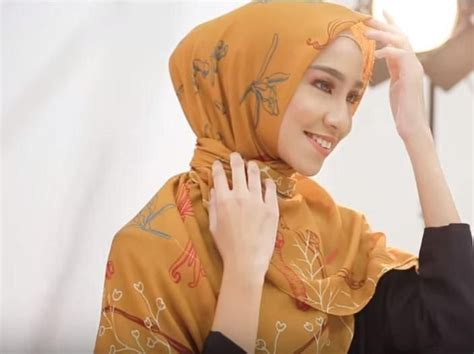 tutorial hijab motif terbaru   pakai  jarum pentul