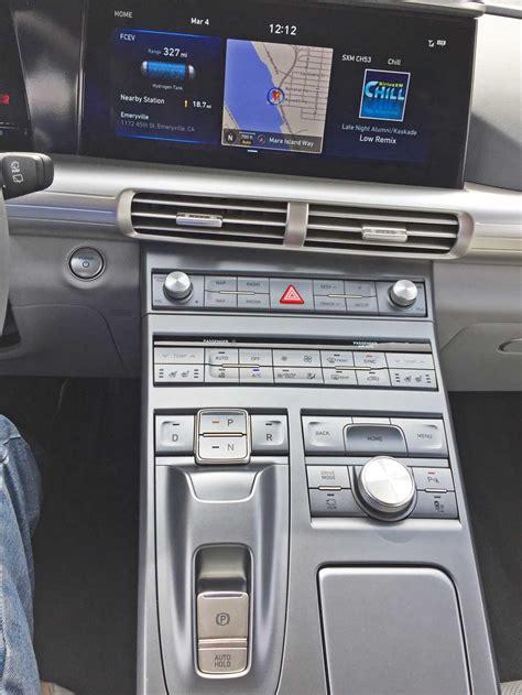 hyundai nexo limited fcev test drive  auto expert