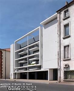 architecture /in PERPIGNAN (ARCHIGUIDE)