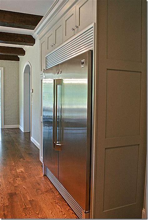 kenmore pro refrigerator  freezer pair   pushed