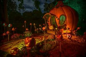 5 Best Halloween Happenings in the US - MiniTime