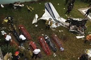 Plane Crashes Dead Bodies