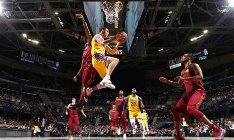 lakers  cavs preview  care  business