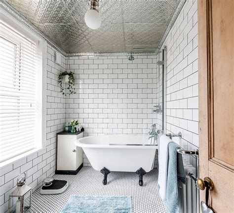 pick   size tiles   small bathroom