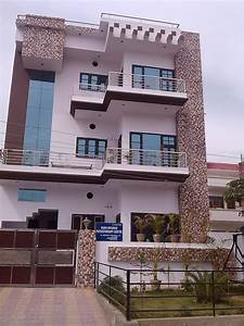 High Elegant House And Exterior Front Elevation Tiles