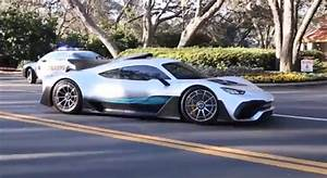 Amg Project One : mercedes amg project one looks insane on the road ~ Medecine-chirurgie-esthetiques.com Avis de Voitures