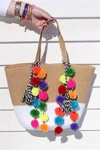 38 Pom Pom Crafts and DIYs