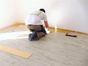 Klick Parkett Verlegen : vinylboden verlegen so geht 39 s kinderleicht casando ratgeber ~ Watch28wear.com Haus und Dekorationen