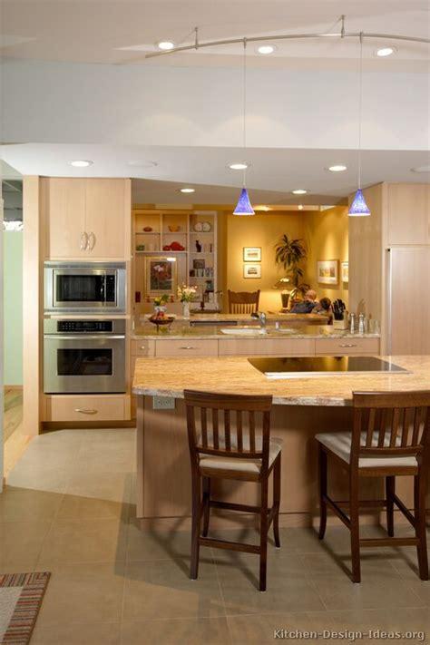 Light Modern Kitchen Afreakatheart