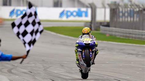 valentino rossi hd wallpaper  deloiz wallpaper