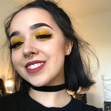 smile yellow eyeshadow makeup beauty yellow