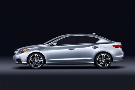 acura unveils three new vehicles acura ilx concept 2013